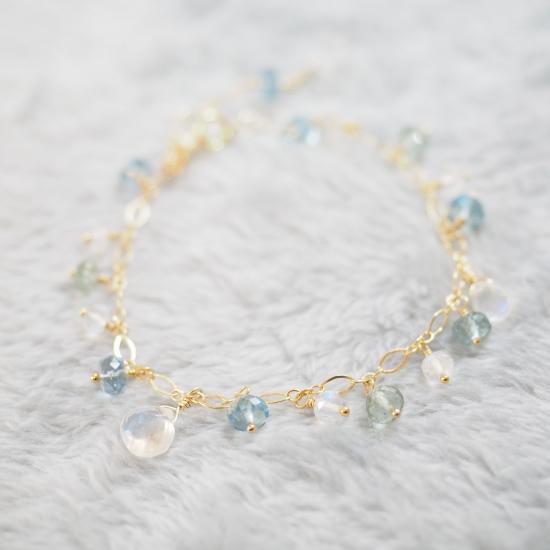 Sazanami-White-Labradorite-Aquamarine-Bracelet