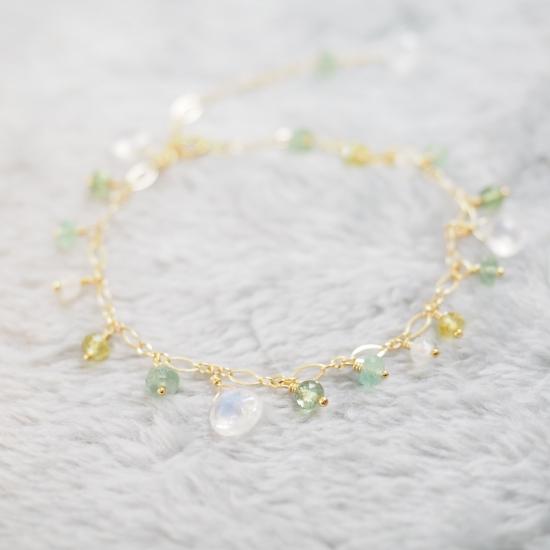 Shirakaba-White-Labradorite-Light-Green-Naturalstone-Bracelet