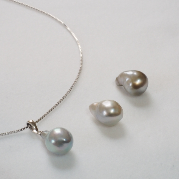 White-Butterfly-Baroque-Pearl-Necklace