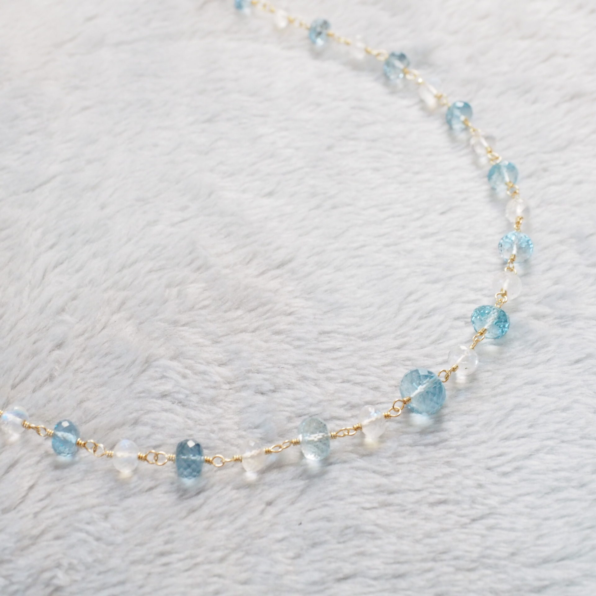 Aquamarine-White-Labradorite-Necklace